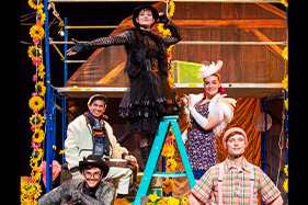 Cast of charlottes web standing in pose and smiling